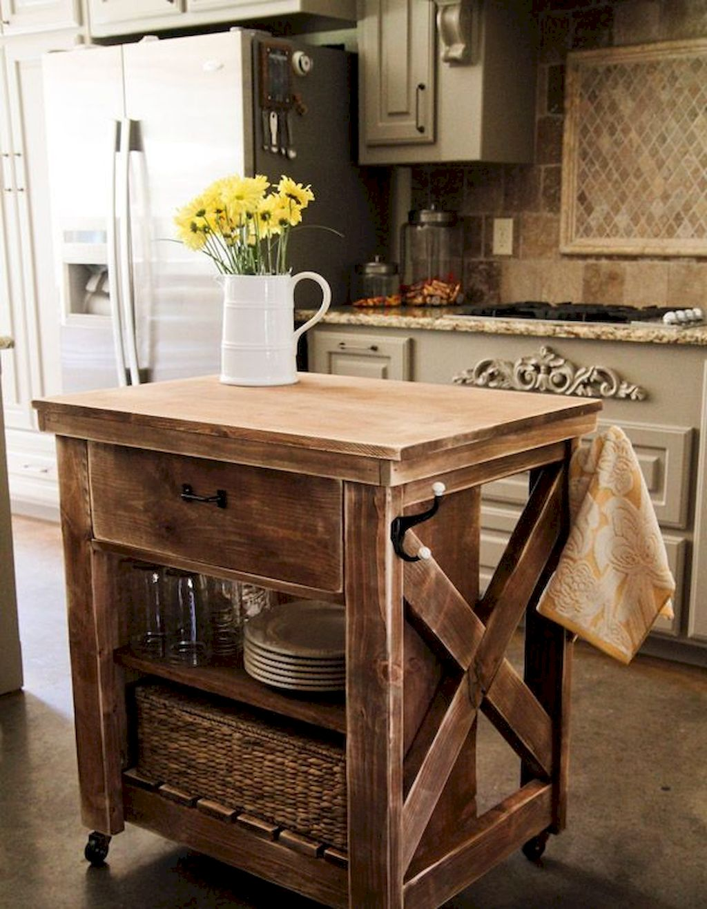 Small Island Kitchen Table025