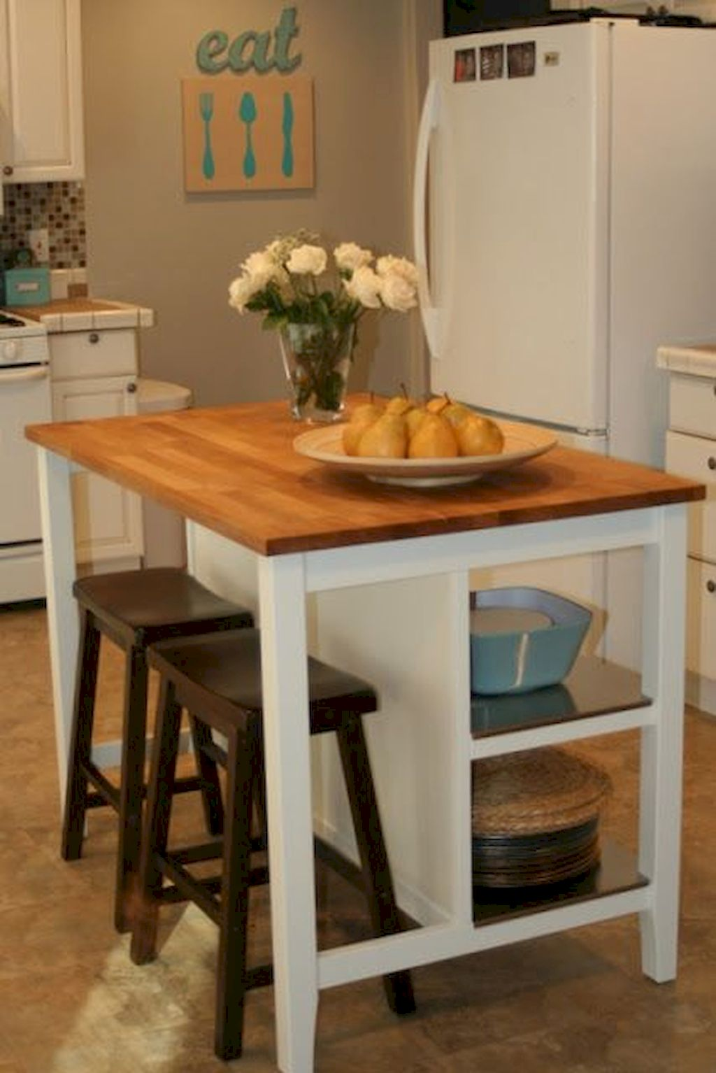 Small Island Kitchen Table041