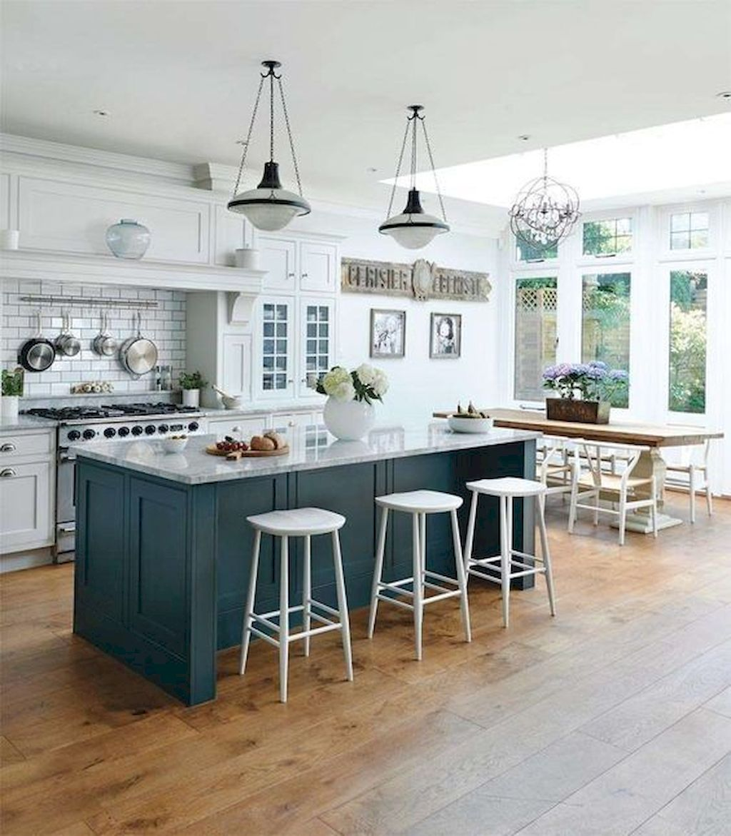 Small Island Kitchen Table049