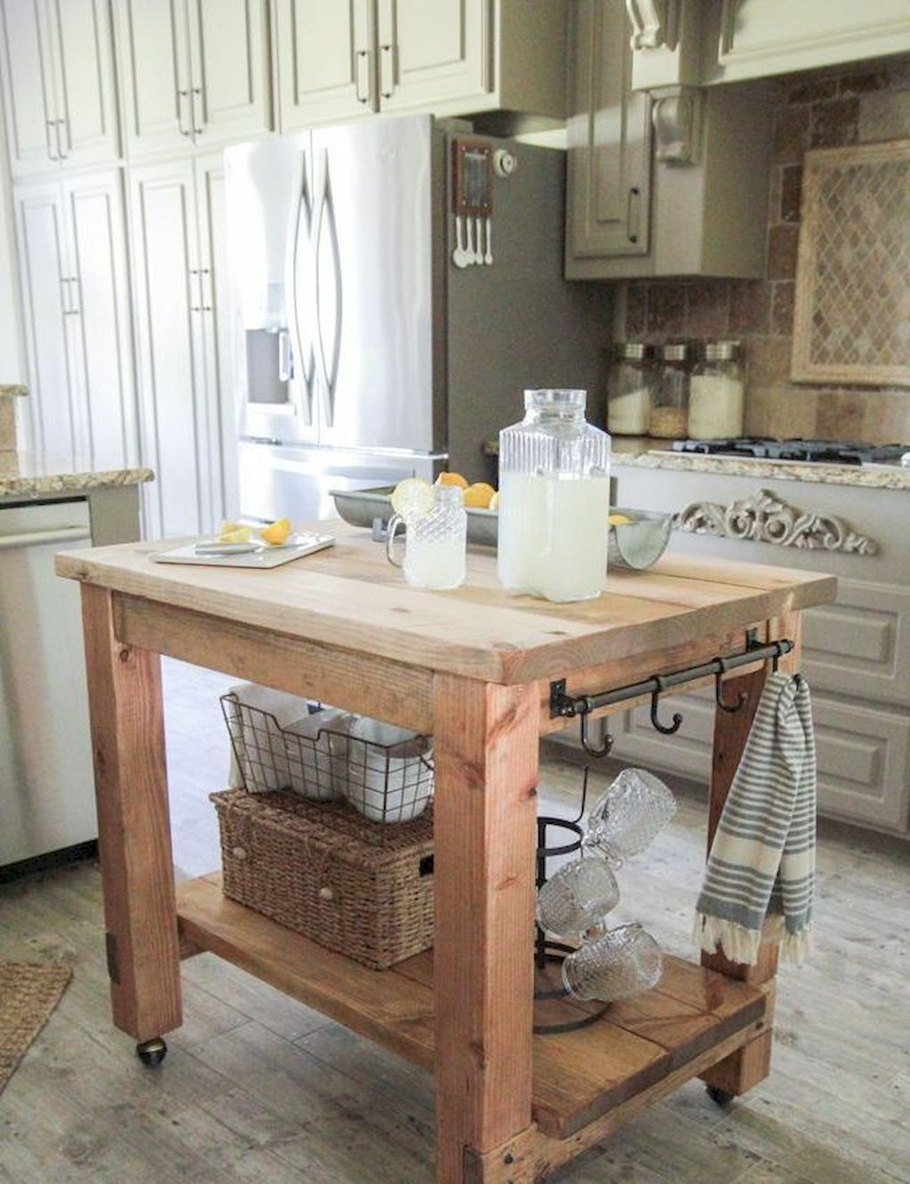 Small Island Kitchen Table064