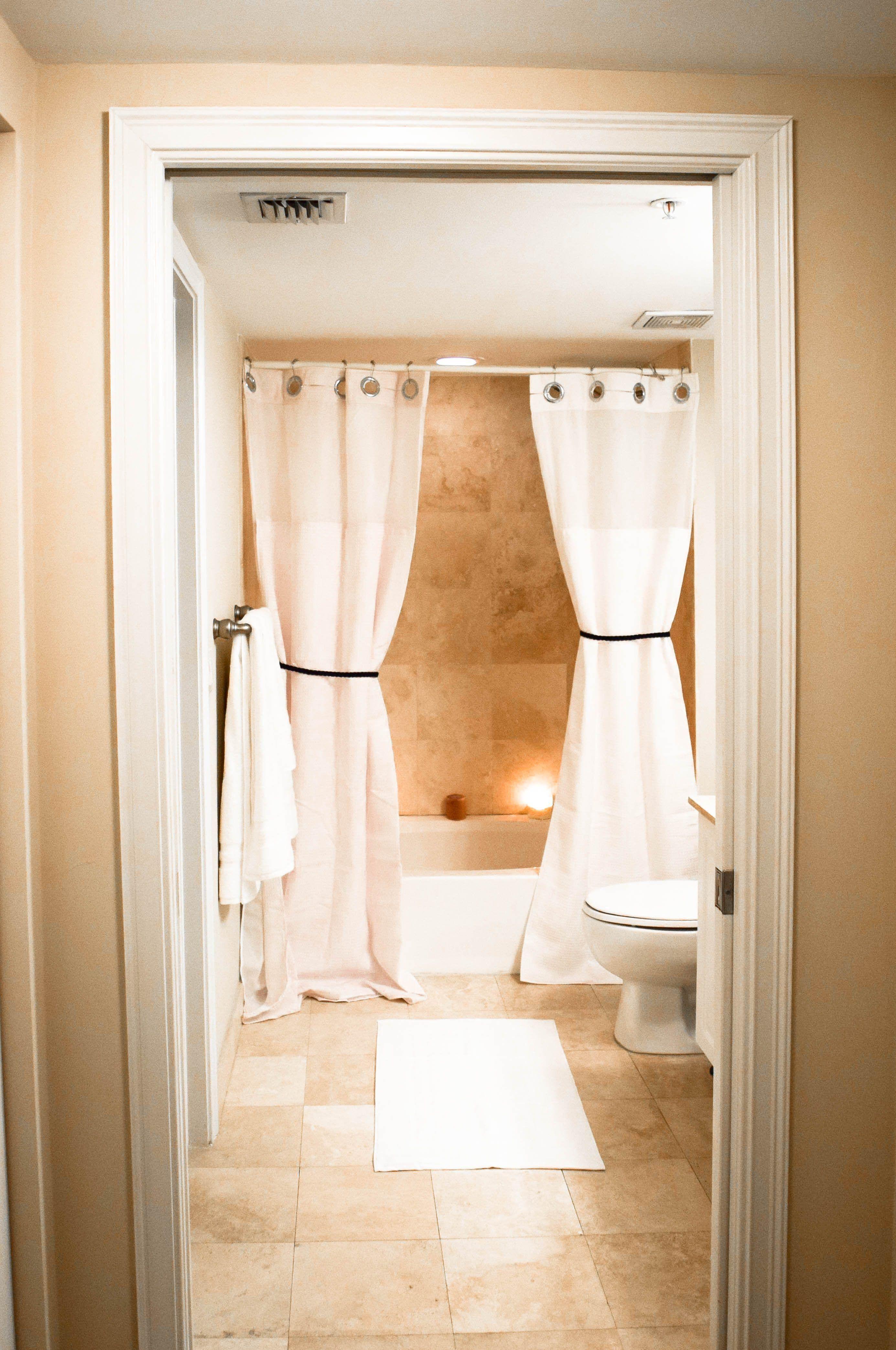 Spa Bathroom081