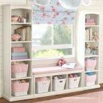 Stunning Window Seat Ideas 111