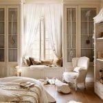 Stunning Window Seat Ideas 34