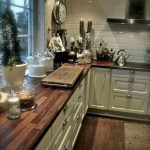 Stunning Rustic and Cheap Wooden Flooring Ideas 23