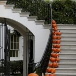 Classy Halloween Party Decoration 67