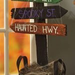 Classy Halloween Party Decoration 141