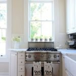 Choose best Color for small kitchen remodel 44