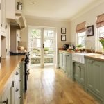 Choose best Color for small kitchen remodel 55