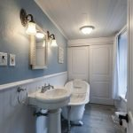 Enhancing The Feeling Of Space In Small Bathrooms 49