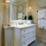 Enhancing The Feeling Of Space In Small Bathrooms 110
