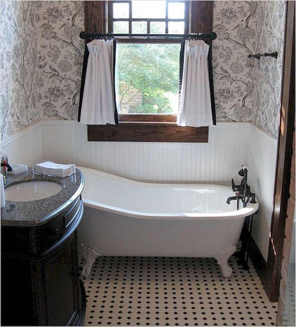 Enhancing The Feeling Of Space In Small Bathrooms 125