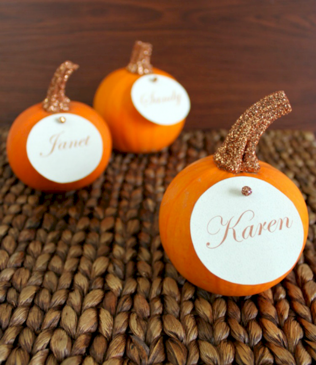 Thanksgiving Tabletop Crafts To Enhance Your Party