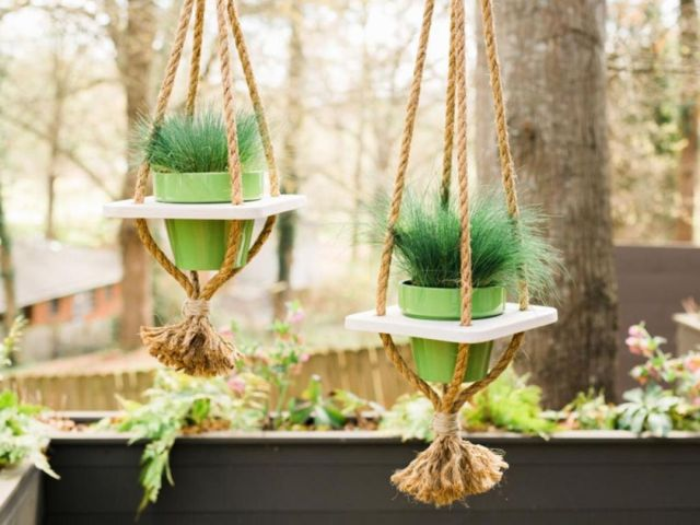 3 Hanging pots as a front garden