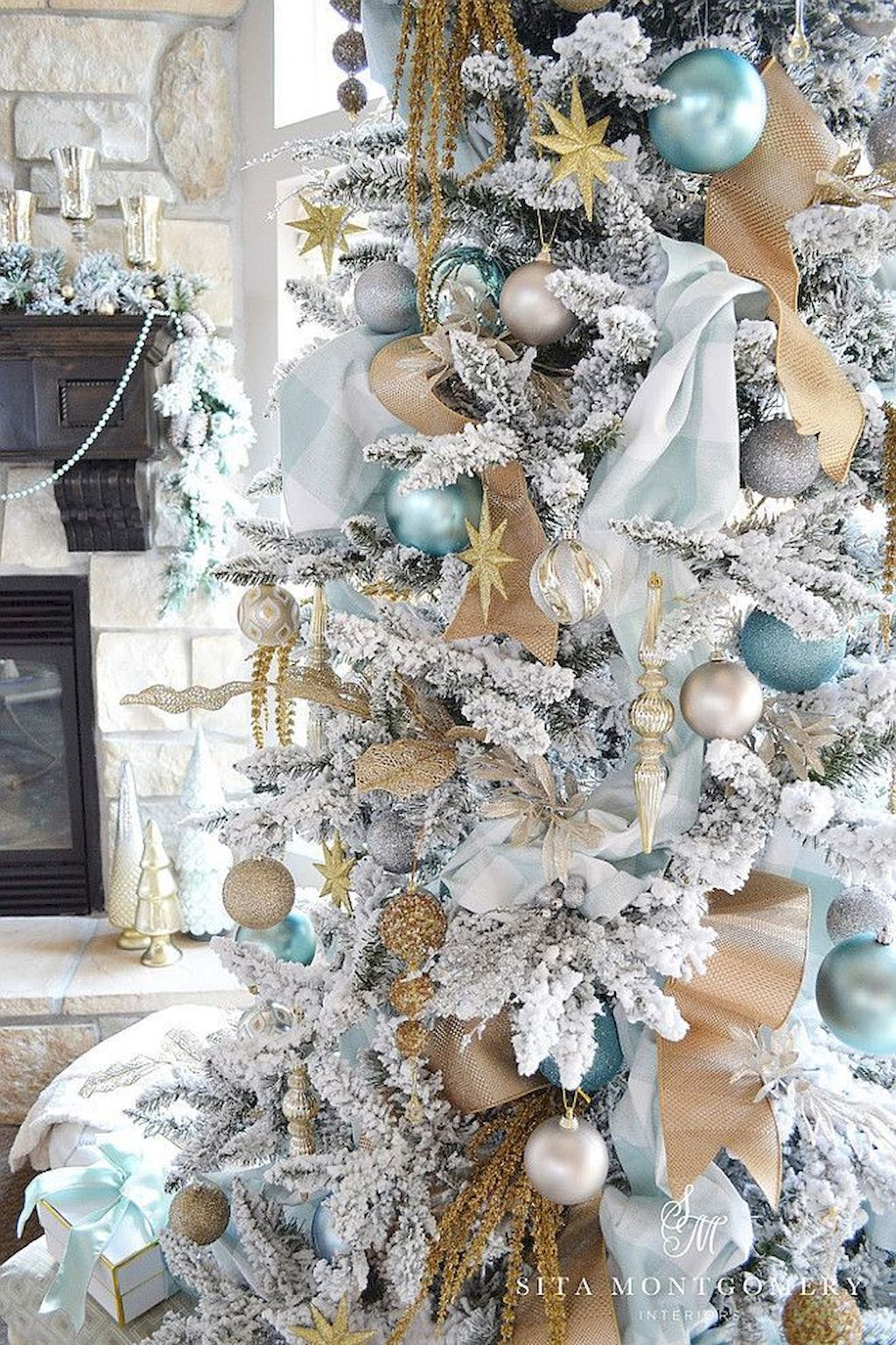 Amazing Christmas Tree Decoration To Impress Your Guess