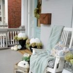 Beautiful Front Door Decoration For Fall 003