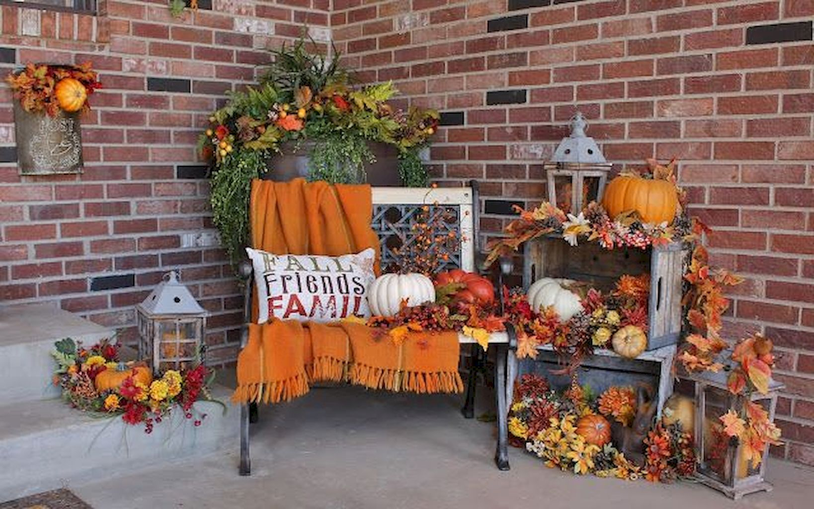 Beautiful Front Door Decoration For Fall 012