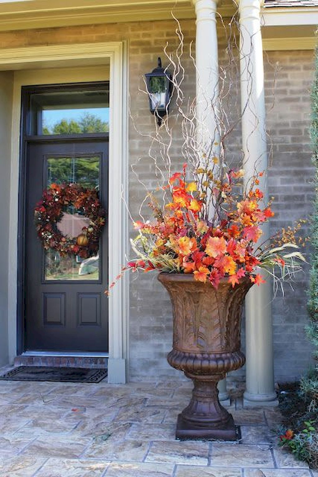Beautiful Front Door Decoration For Fall 017