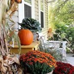 Beautiful Front Door Decoration For Fall 033