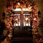 Beautiful Front Door Decoration For Fall 040