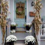 Beautiful Front Door Decoration For Fall 063