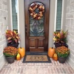 Beautiful Front Door Decoration For Fall 070