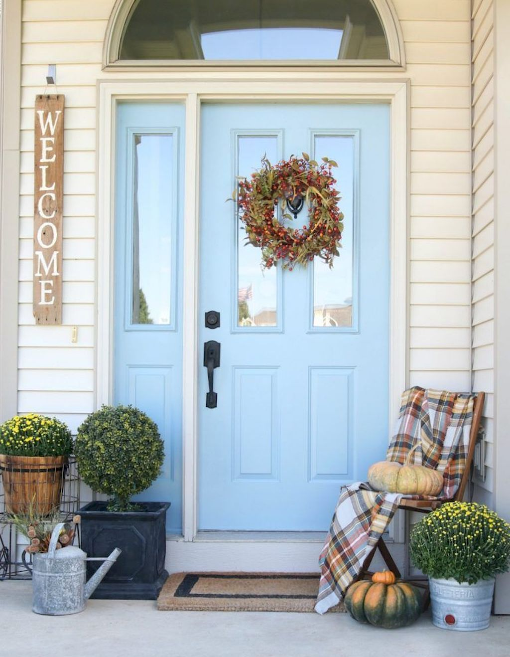 Beautiful Front Door Decoration For Fall 073