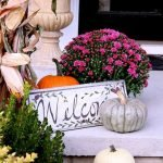 Beautiful Front Door Decoration For Fall 077