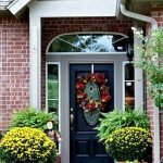 Beautiful Front Door Decoration For Fall 078
