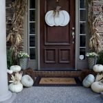 Beautiful Front Door Decoration For Fall 093