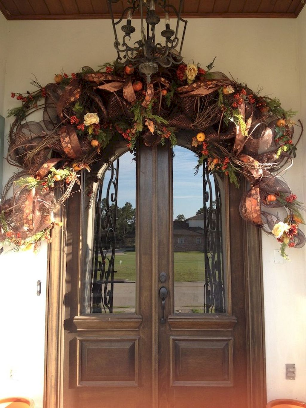 Beautiful Front Door Decoration For Fall 114