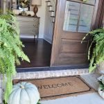 Beautiful Front Door Decoration For Fall 117