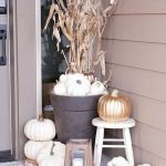 Beautiful Front Door Decoration For Fall 119