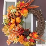 Beautiful Front Door Decoration For Fall 122