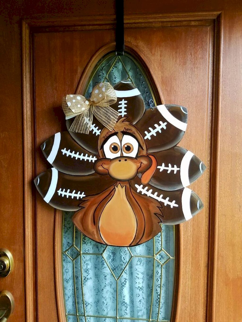 Beautiful Front Door Decoration For Fall 124