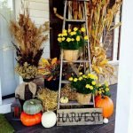 Beautiful Front Door Decoration For Fall 144