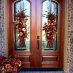 Beautiful Front Door Decoration For Fall 195