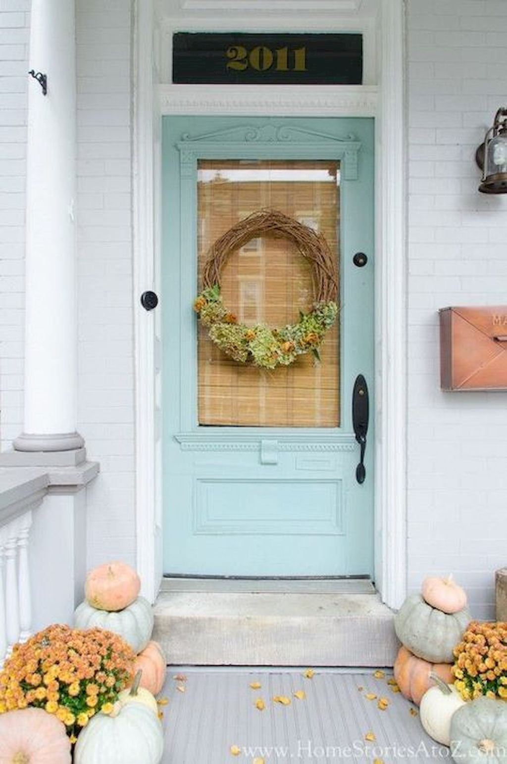 Beautiful Front Door Decoration For Fall 200