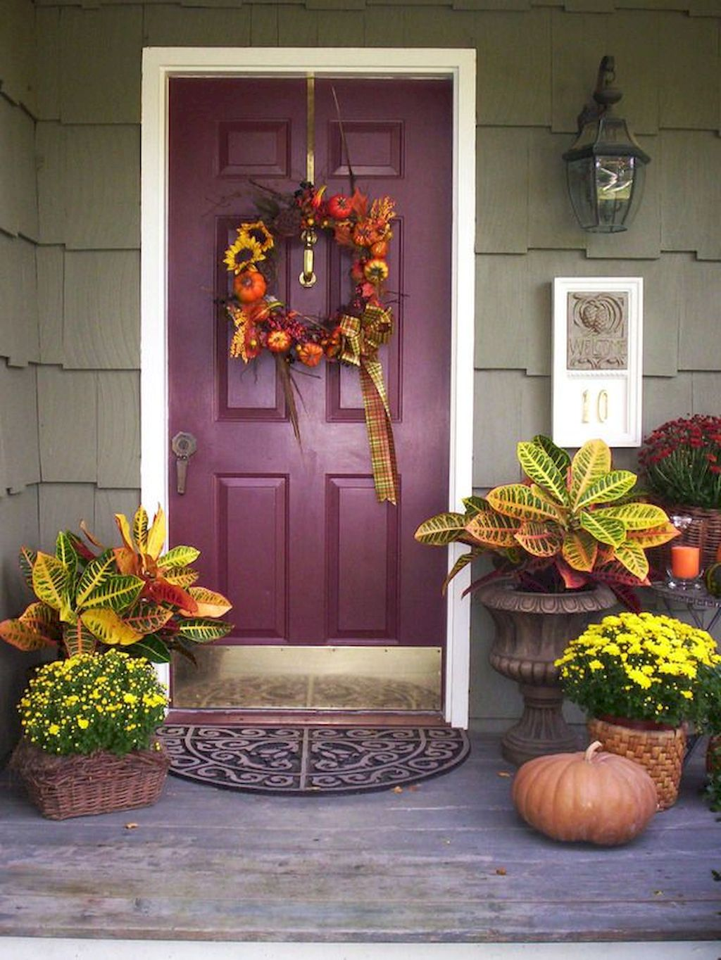 Beautiful Front Door Decoration For Fall 248