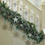 Brilliant Christmas Garland Decorating Ideas 003