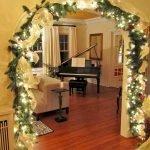 Brilliant Christmas Garland Decorating Ideas 011
