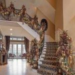 Brilliant Christmas Garland Decorating Ideas 019