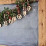 Brilliant Christmas Garland Decorating Ideas 043