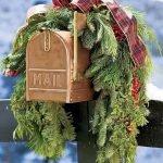 Brilliant Christmas Garland Decorating Ideas 050