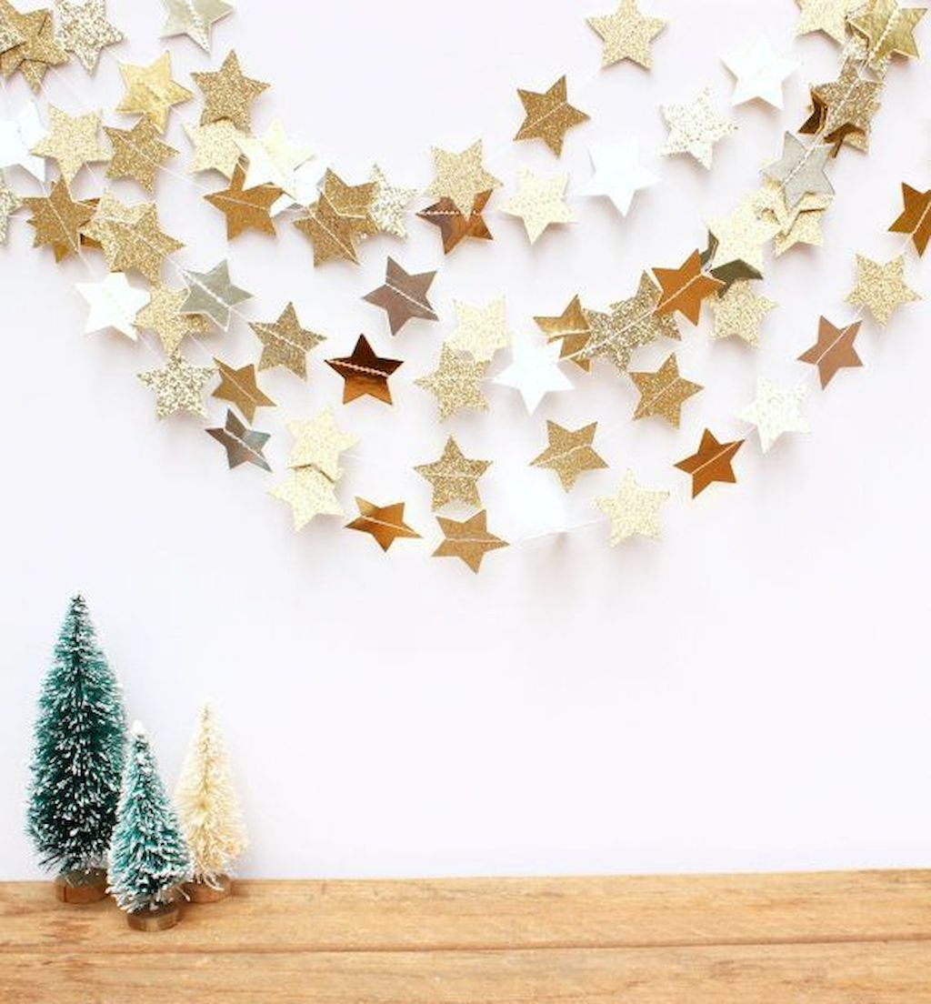 Brilliant Christmas Garland Decorating Ideas 055