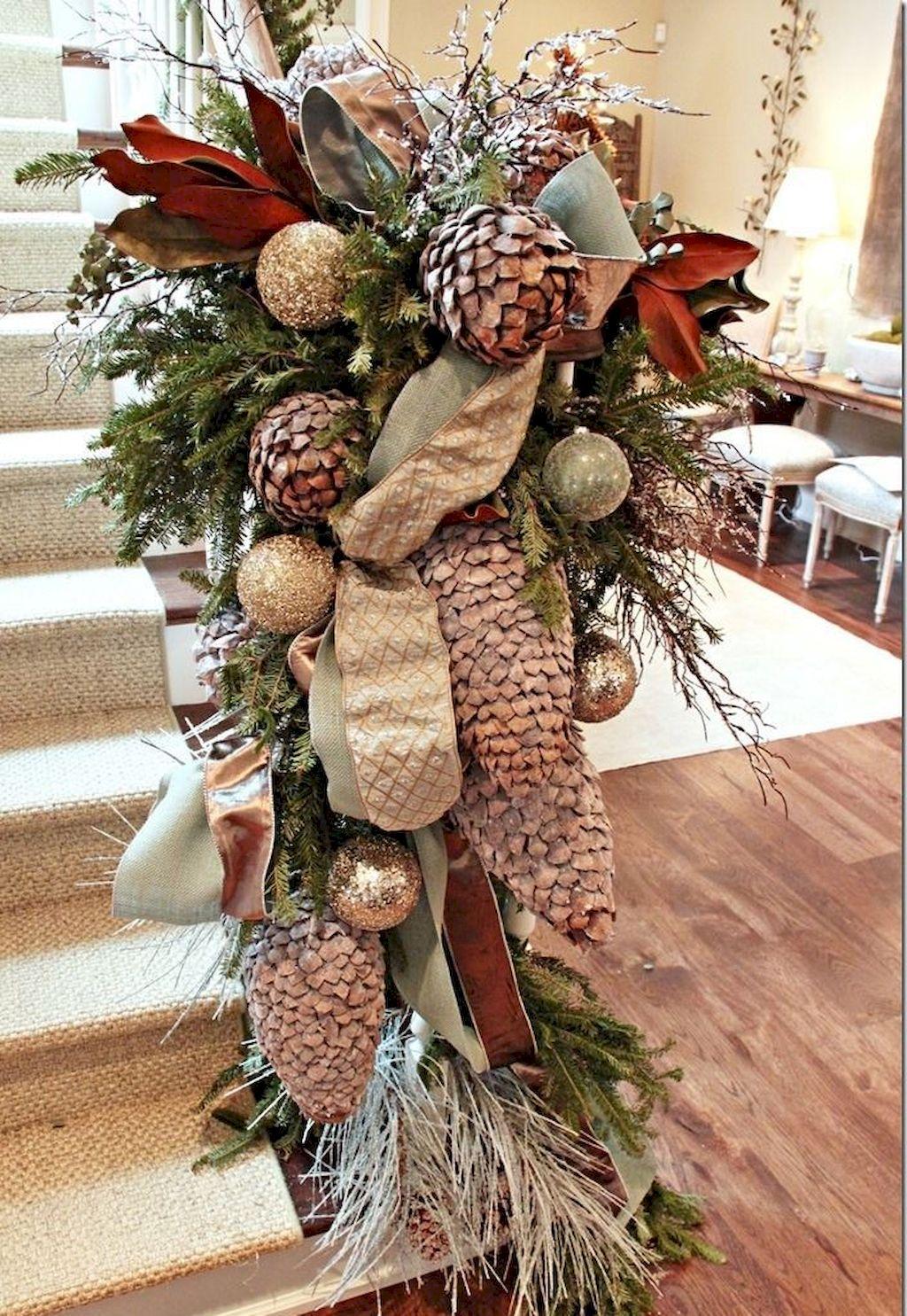 Brilliant Christmas Garland Decorating Ideas 073