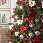 Brilliant Christmas Garland Decorating Ideas 081