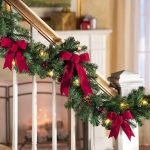 Brilliant Christmas Garland Decorating Ideas 082