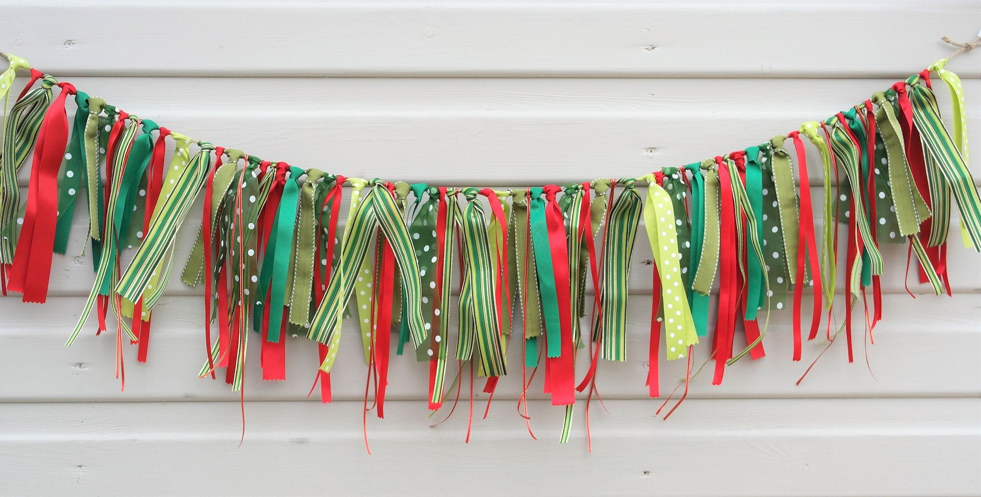 Brilliant Christmas Garland Decorating Ideas 105