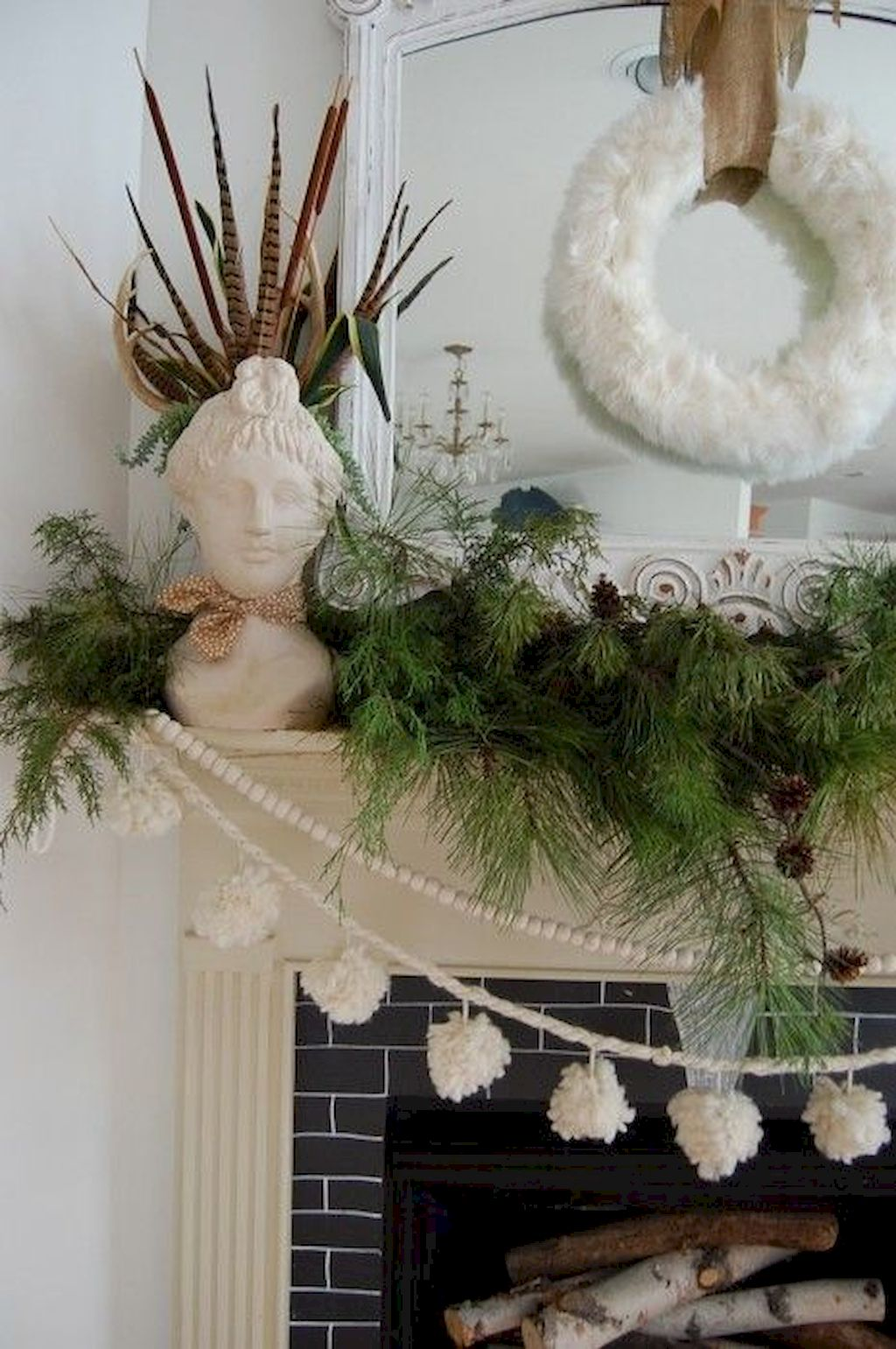 Brilliant Christmas Garland Decorating Ideas 111