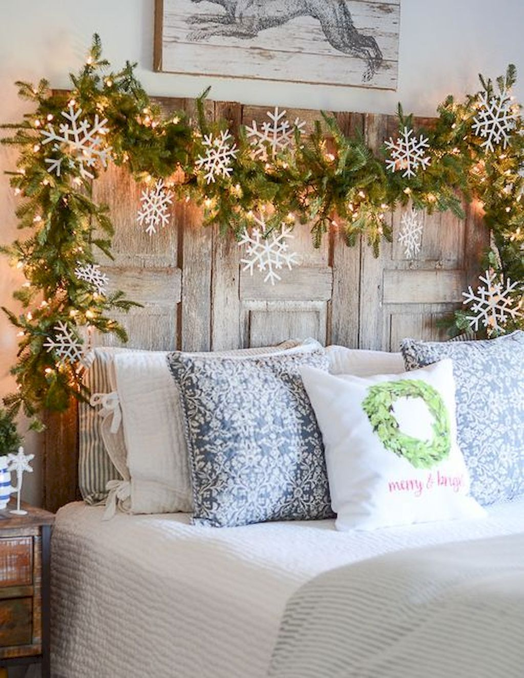Brilliant Christmas Garland Decorating Ideas 119